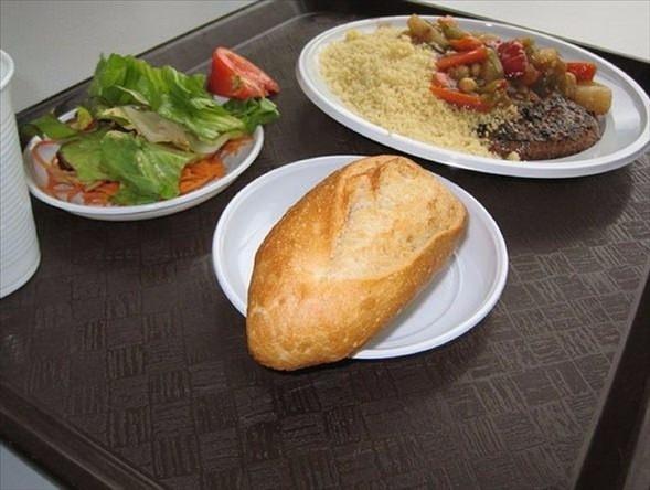 İşte ülkelere göre okullarda sunulan yemekler! 20