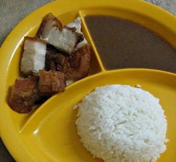 İşte ülkelere göre okullarda sunulan yemekler! 26