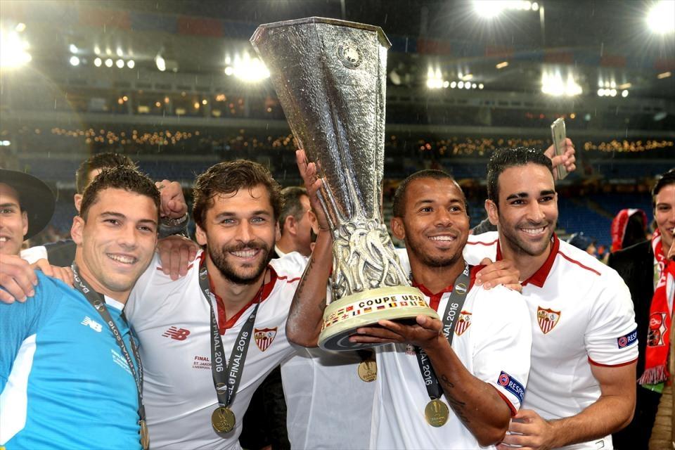 Avrupa'nın en büyüğü: Sevilla 13