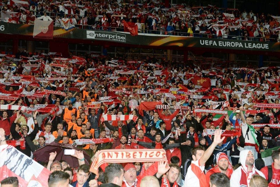 Avrupa'nın en büyüğü: Sevilla 22