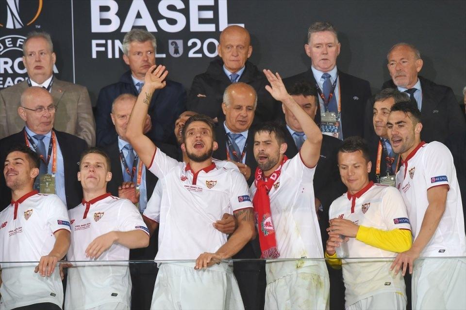 Avrupa'nın en büyüğü: Sevilla 31