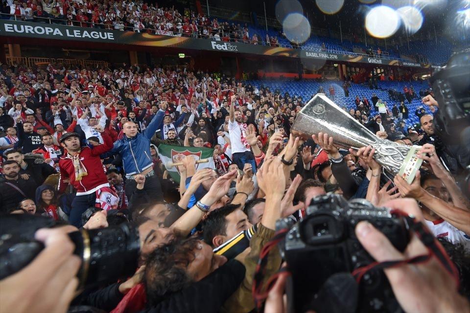 Avrupa'nın en büyüğü: Sevilla 37