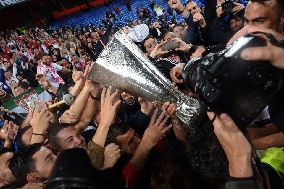 Avrupa'nın en büyüğü: Sevilla 38