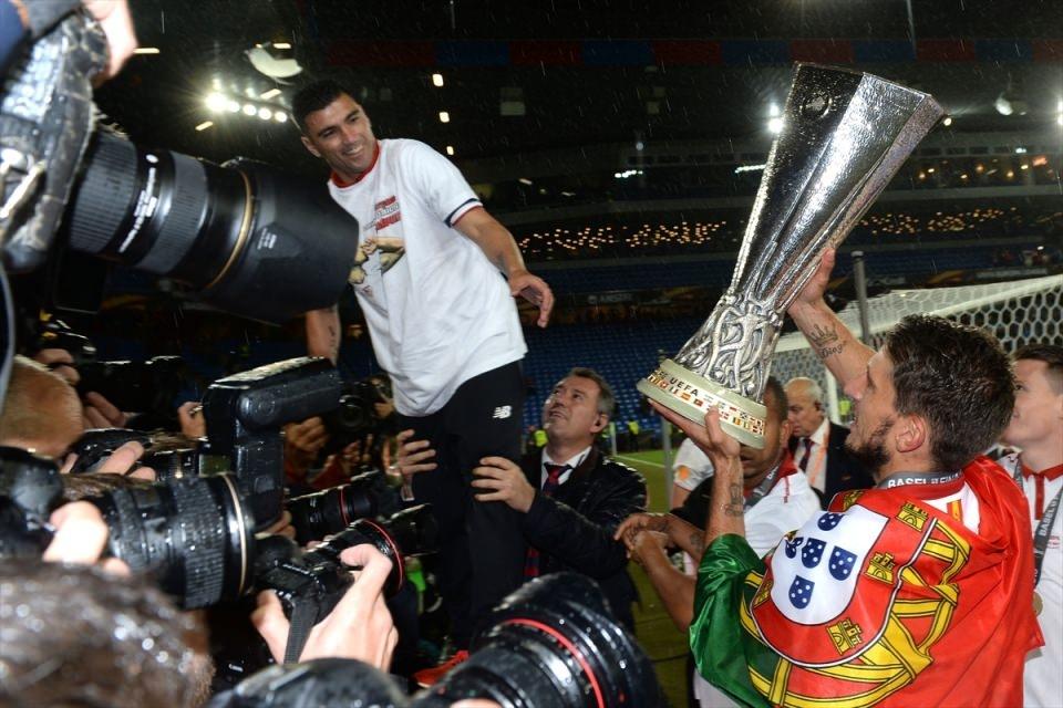 Avrupa'nın en büyüğü: Sevilla 5