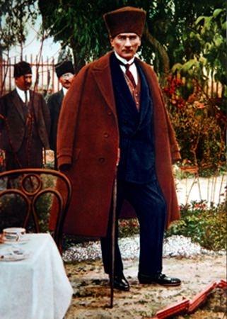 Görmediğiniz kareleriyle 'Atatürk' 100