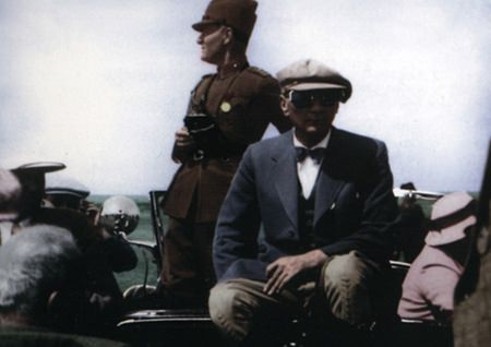 Görmediğiniz kareleriyle 'Atatürk' 126
