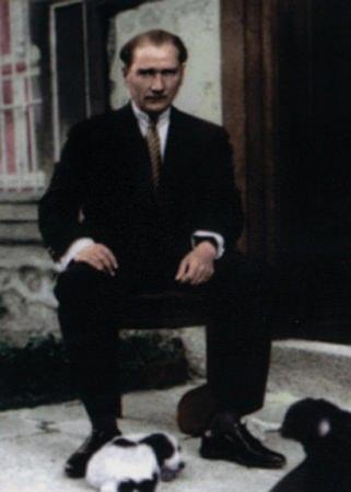 Görmediğiniz kareleriyle 'Atatürk' 156