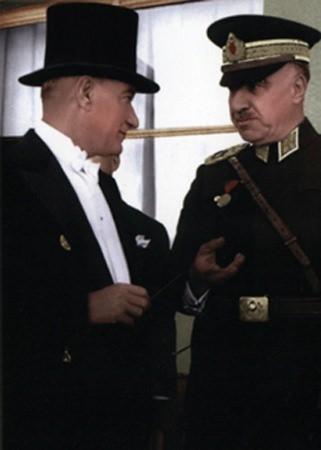 Görmediğiniz kareleriyle 'Atatürk' 158