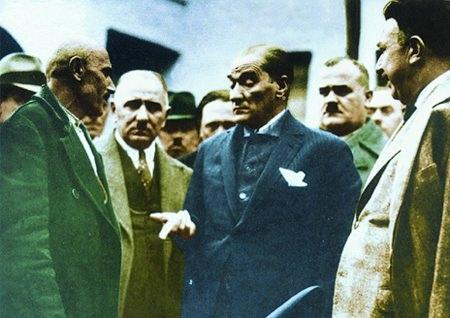 Görmediğiniz kareleriyle 'Atatürk' 182