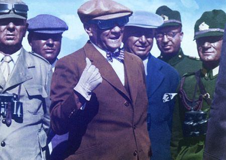 Görmediğiniz kareleriyle 'Atatürk' 188