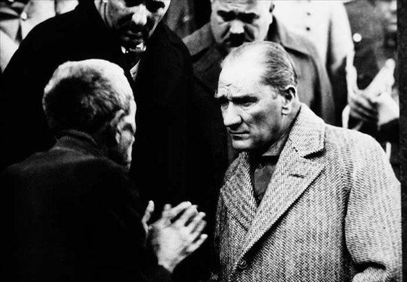 Görmediğiniz kareleriyle 'Atatürk' 19
