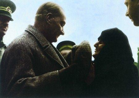 Görmediğiniz kareleriyle 'Atatürk' 192
