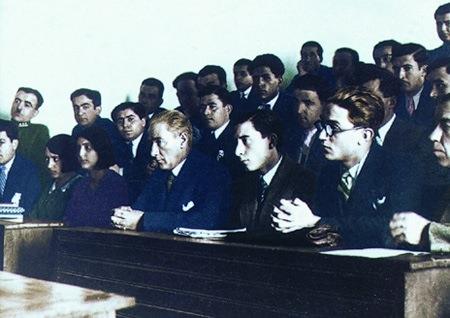 Görmediğiniz kareleriyle 'Atatürk' 193