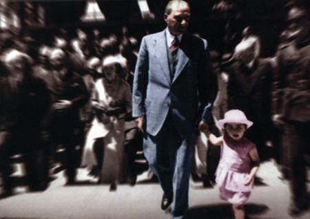 Görmediğiniz kareleriyle 'Atatürk' 202