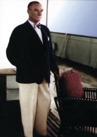 Görmediğiniz kareleriyle 'Atatürk' 213