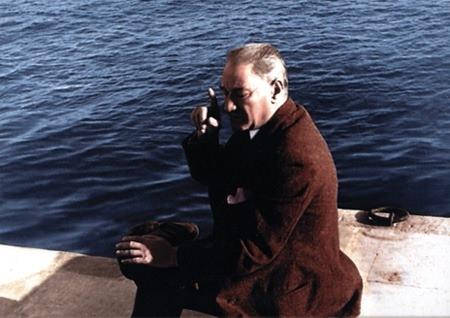 Görmediğiniz kareleriyle 'Atatürk' 214