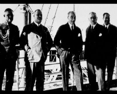 Görmediğiniz kareleriyle 'Atatürk' 31