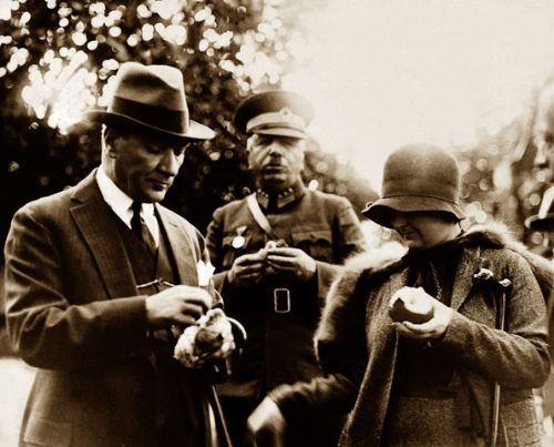 Görmediğiniz kareleriyle 'Atatürk' 39