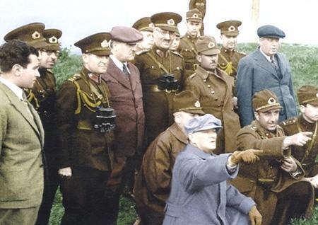 Görmediğiniz kareleriyle 'Atatürk' 58