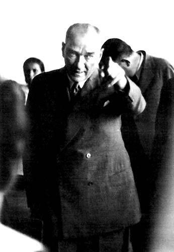 Görmediğiniz kareleriyle 'Atatürk' 7