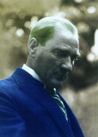 Görmediğiniz kareleriyle 'Atatürk' 85