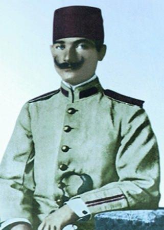 Görmediğiniz kareleriyle 'Atatürk' 92
