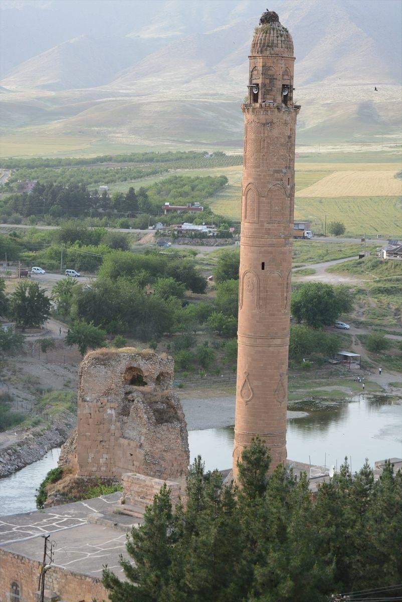 Hasankeyf, tarihi ve kültür varlıkları ile taşınacak 10