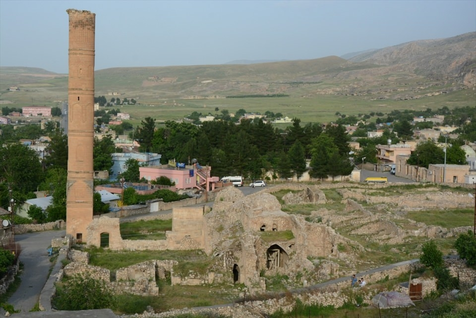 Hasankeyf, tarihi ve kültür varlıkları ile taşınacak 11