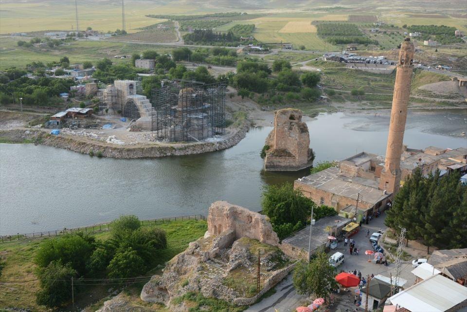 Hasankeyf, tarihi ve kültür varlıkları ile taşınacak 13