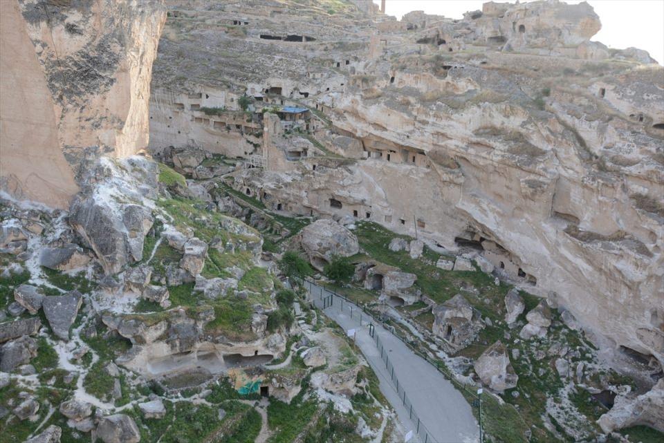 Hasankeyf, tarihi ve kültür varlıkları ile taşınacak 15