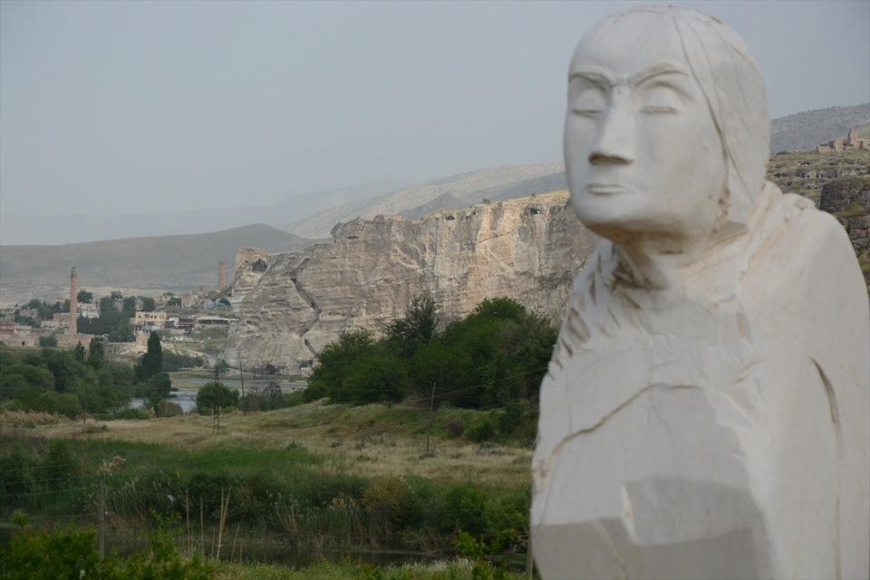 Hasankeyf, tarihi ve kültür varlıkları ile taşınacak 2