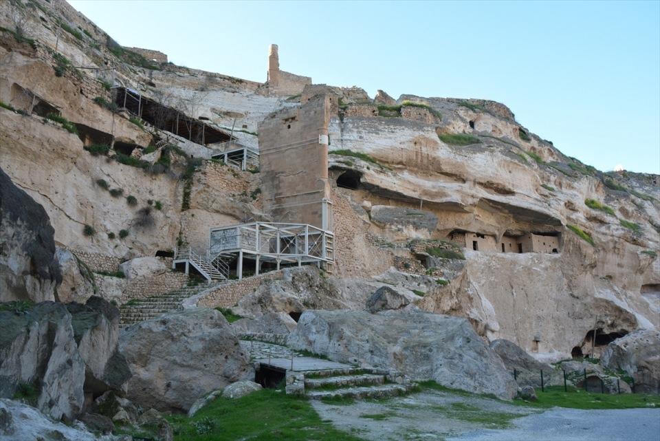 Hasankeyf, tarihi ve kültür varlıkları ile taşınacak 31