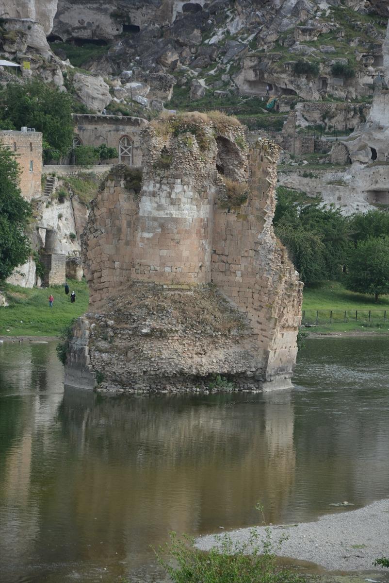 Hasankeyf, tarihi ve kültür varlıkları ile taşınacak 4