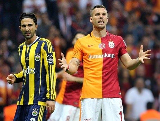 İşte Fenerbahçe - Galatasaray maçının muhtemel 11'leri 26