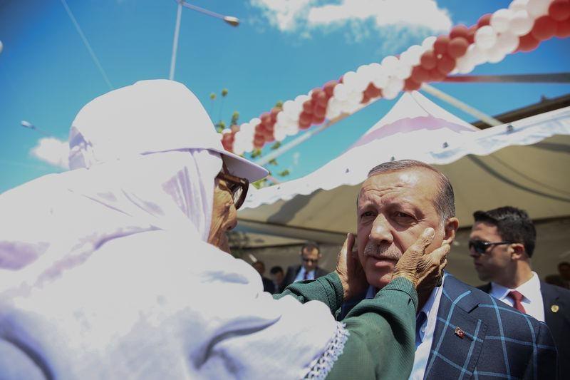 Cumhurbaşkanı ve Başbakan Diyarbakır'da 10