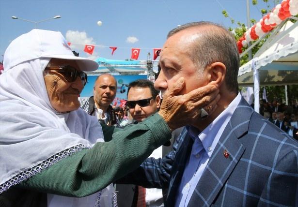Cumhurbaşkanı ve Başbakan Diyarbakır'da 12