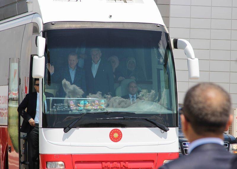 Cumhurbaşkanı ve Başbakan Diyarbakır'da 15