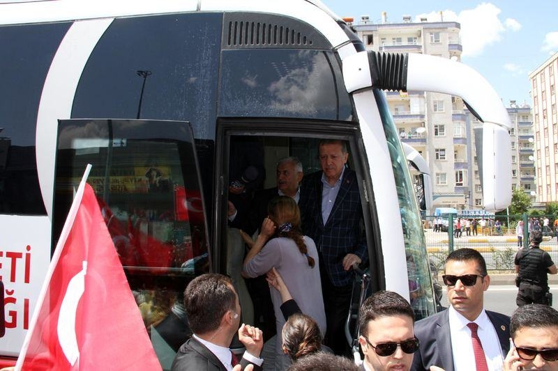 Cumhurbaşkanı ve Başbakan Diyarbakır'da 2