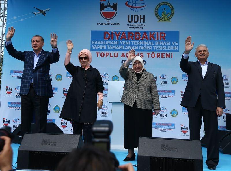 Cumhurbaşkanı ve Başbakan Diyarbakır'da 22