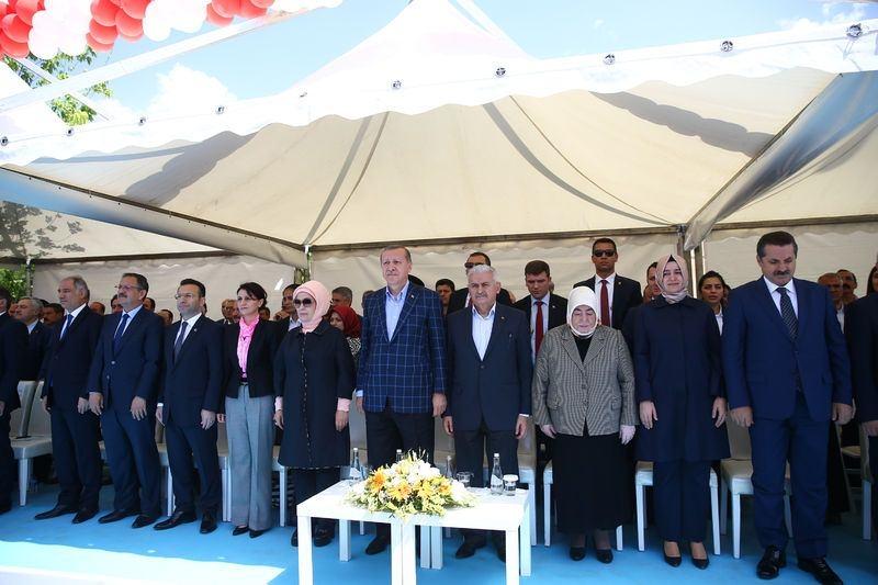 Cumhurbaşkanı ve Başbakan Diyarbakır'da 24