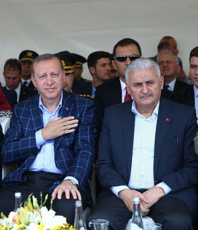 Cumhurbaşkanı ve Başbakan Diyarbakır'da 27