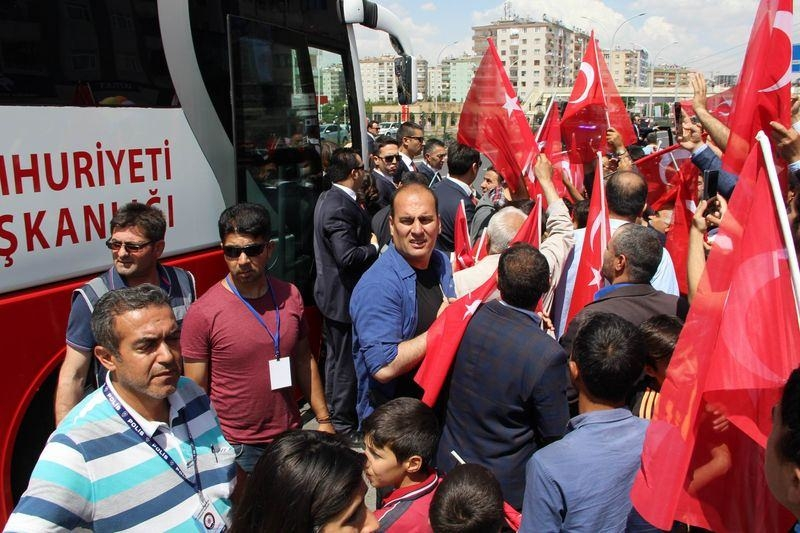 Cumhurbaşkanı ve Başbakan Diyarbakır'da 3