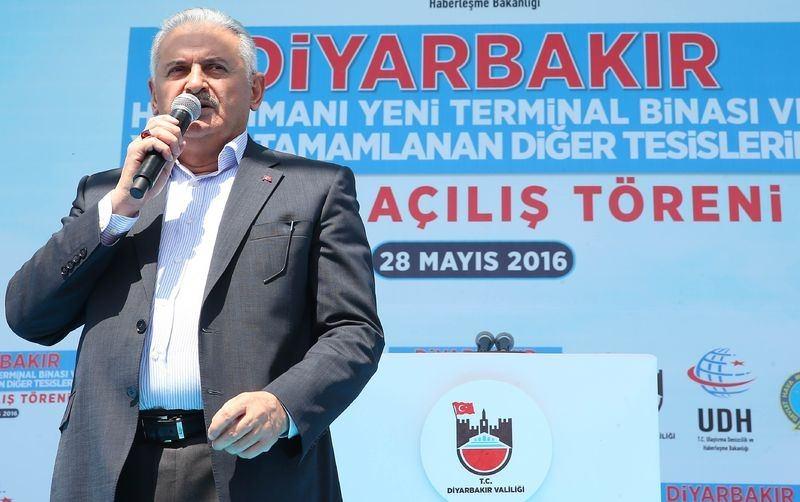 Cumhurbaşkanı ve Başbakan Diyarbakır'da 32