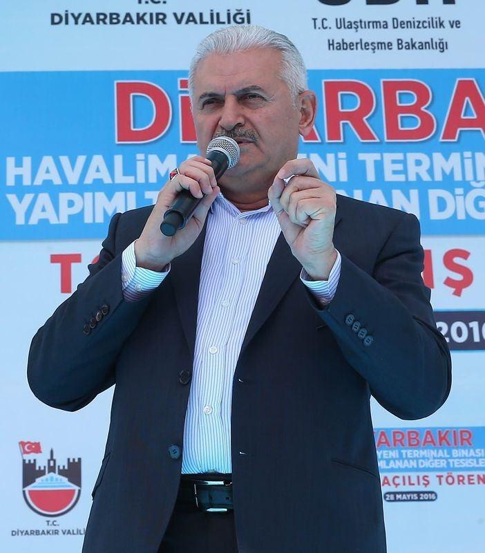 Cumhurbaşkanı ve Başbakan Diyarbakır'da 39