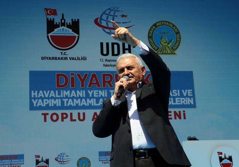Cumhurbaşkanı ve Başbakan Diyarbakır'da 40