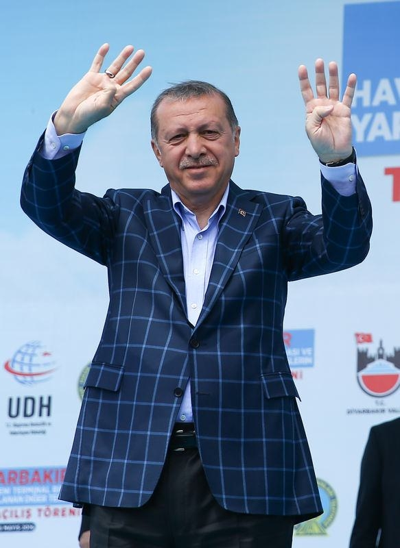 Cumhurbaşkanı ve Başbakan Diyarbakır'da 44