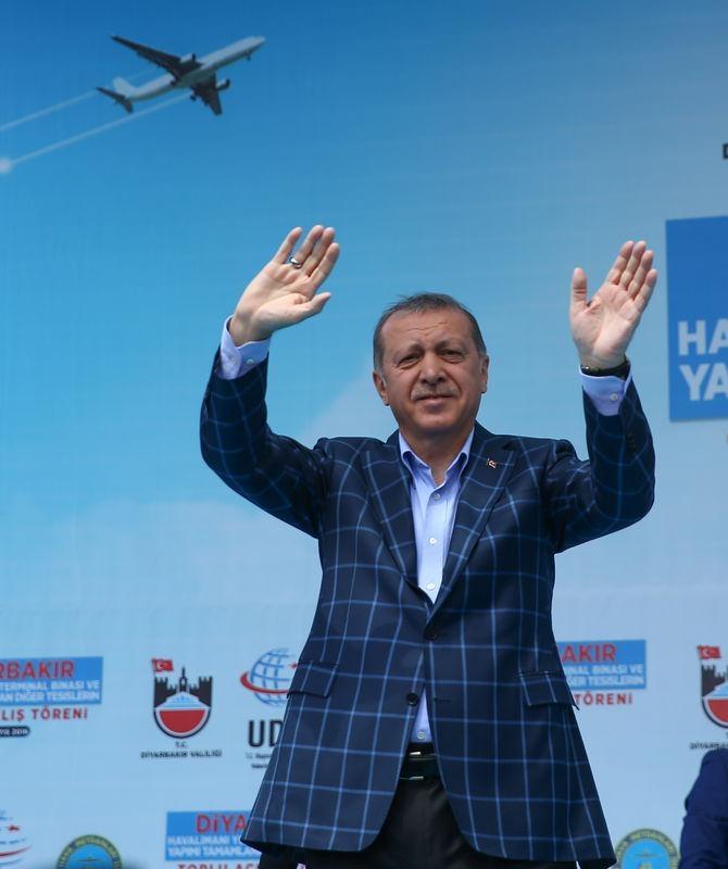 Cumhurbaşkanı ve Başbakan Diyarbakır'da 45