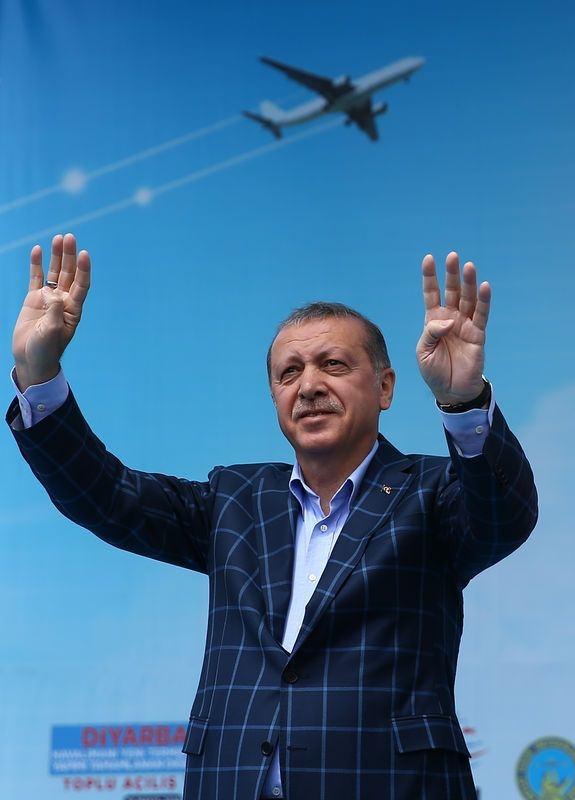 Cumhurbaşkanı ve Başbakan Diyarbakır'da 48