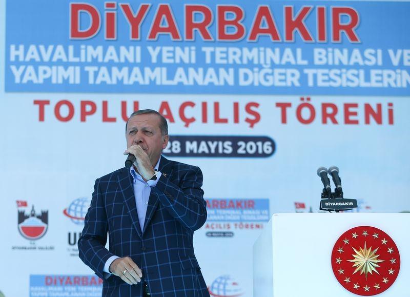 Cumhurbaşkanı ve Başbakan Diyarbakır'da 49