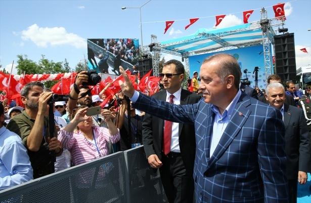 Cumhurbaşkanı ve Başbakan Diyarbakır'da 51